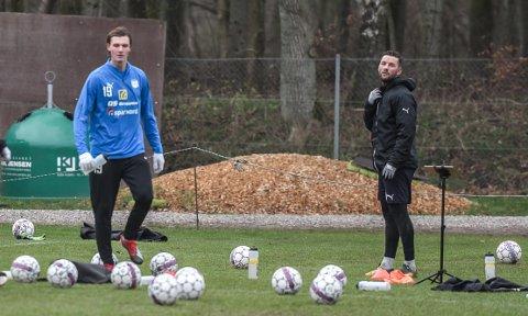 SCORET: Julian Kristoffersen (t.v.) og Pål Kirkevold scoret hvert sitt mål da Hobro vant 2-0 mot Esbjerg søndag. Her på Hobro-trening i desember i fjor.