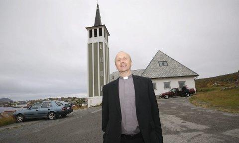 BEKYMRET FOR FRAMTIDEN: Prost Arve Marthinsen mener menighetsrådets budsjett i Gamvik er for knapt til at det går an å drifte ordentlig. Derfor vil han ikke anbefale ny presteansettelse i sognet.