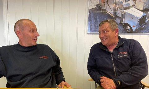 GOD STEMNING: Arne Morten (t.v.) og Lars Erik Skjønhaug har drevet Skjønhaug Transport sammen siden 2010. I 2021 feirer firmaet 30 år.