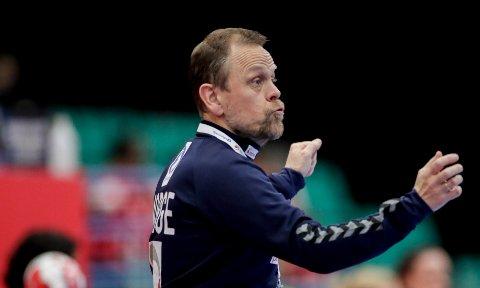 ENGASJERT: Landslagssjef Thorir Hergeirsson under kampen mellom Kroatia og Norge i Sydbank Arena.