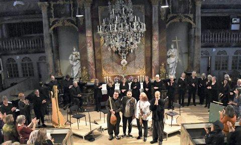KONSERT: SUFi-ensemblet fylte kirken med musikk fra mange land under fredskonserten i Kongsberg kirke 5. oktober.