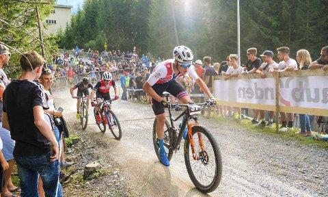 GLEDER SG: Erik Hægstad, som her er i aksjon i Lenzerheide i Sveits, ser fram til VM i Mont-Sainte-Anne i Canada.