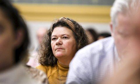 BLE FORBANNET: SVs Kathy Lie sier hun reagerte kraftig da hun så det rekordgode resultatregnskapet for Lier kommune. - Hovedoppgaven er å levere gode tjenester, ikke tjene mest mulig penger, sier hun.