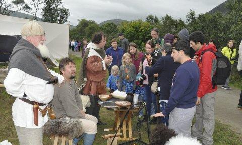 Lofoten Vikinglag: Vikingene fra Lofoten under årets festival som kan skilte med ny besøksrekord.