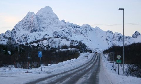 Kontraktsområdet omfatter E10 gjennom Lofoten og i tillegg riksveier i Ofoten, Vesterålen og Sør-Troms.