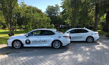 NY DESIGN: Innen sommeren 2021 vil alle 170 drosjer tilsluttet Taxi Midt-Norge få felles uniformering.