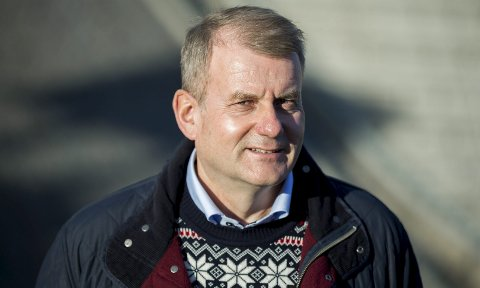 MED VIDERE: Erik Røste har sagtja til å lede Norges Skiforbund i ytterligere to år.