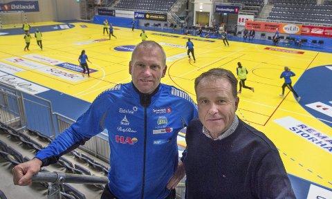 Viktige brikker: Arne Senstad (t.v) og Øystein Holtet har vært viktige brikker med tanke på å etablere Storhamar i toppen av norsk kvinnehåndball.