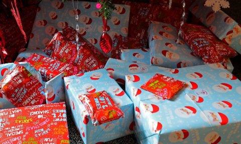 PAKKET INN BRUKTE SOKKER: Reaksjonene har ikke latt vente på seg etter det ble kjent hva slags innhold flere av gavene til rusavhengige i Nordre Land inneholdt.