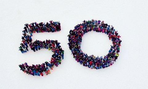 50 ÅR: 470 barneskoleelever deltok i mandagens feiring. (Foto: Skistar/Einar Røyne)