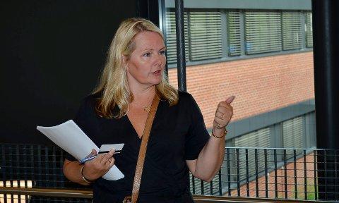 Sektorsjef Aino Kristiansen i Elverum innrømmer at kommunen ga uriktige opplysninger til VG. (Foto: Bjørn-Frode Løvlund)