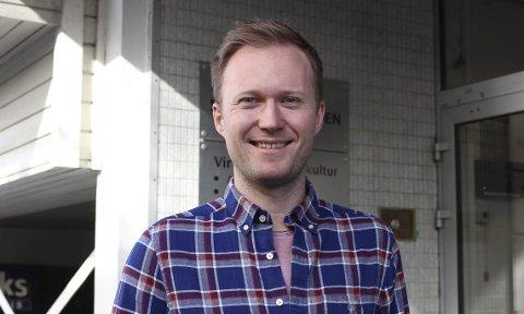 STØTTER NYTT TILBUD: Frivillighetskoordinator Karl-Fredrik Velle i Bamble kommune støtter det nye idrettstilbudet til Bamble IF.