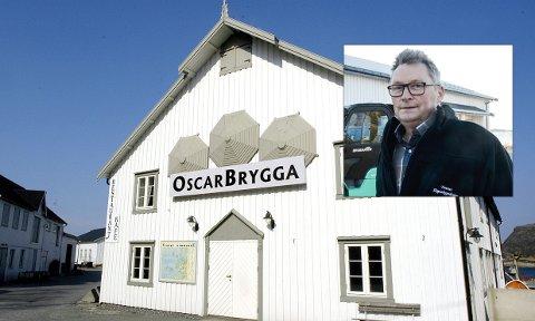 SATSER PÅ LAKS: Oscar Hansen gjør som sin bestefar når bedriften satser på at egenrøkt laks gir grunnlag for faste ansettelser på Tonnes.