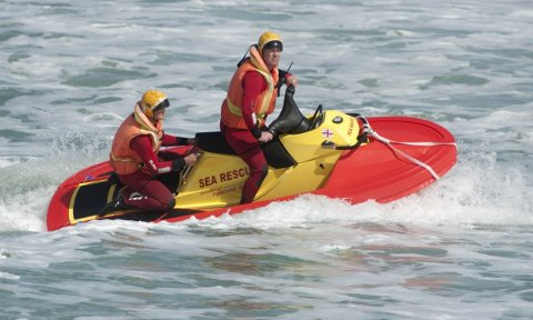30. mai overleveres en RescueRunner fra den svenske produsentene Safe at Sea etter innsamlingsaksjon som ble startet i fjor.