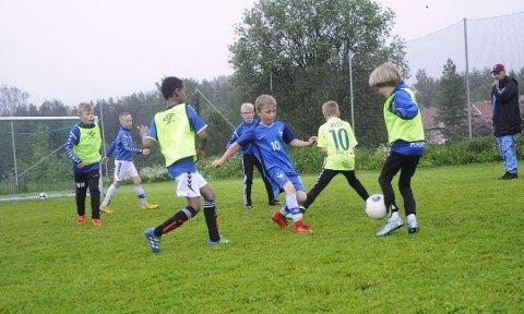 Full trøkk: Det tillates full kontakt på treninger i barnefotballen fra 1. juni.