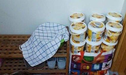 UHELDIG LAGRING: Hjemmekjøkken har ofte ikke tilstrekkelig lagringsplass og kjølesystemer for mat som skal selges videre.
