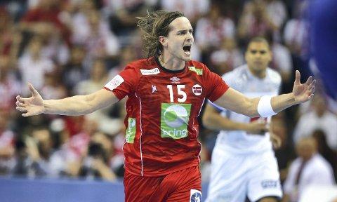 EM-KLAR: Kent Robin Tønnesen og resten av håndballgutta sikret seg EM-billett med seier over Litauen lørdag.