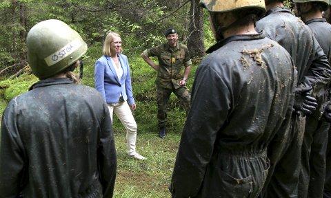 Komitéleder: Mange er enige med Anniken Huitfeldt i at det er oppsiktsvekkende med en forsvarsplan uten Hæren og Heimevernet, skriver innsenderen. Foto: Aleksander Hømanberg