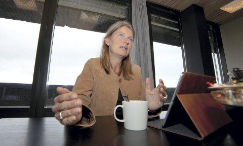 ENGASJERT: Lene Conradi har fulle dager som ordfører i «gamle» Asker og leder av fellesnemnda for «nye» Asker.Begge foto: Henning Jønholdt