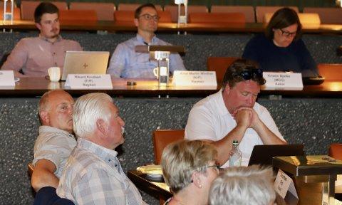 LØNN: Politikerne som velges inn i det nye kommunestyret i Asker skal 15. oktober vedta sin egen lønn. Her fra felles formannskapsmøte i Asker rådhus tidligere i vår.
