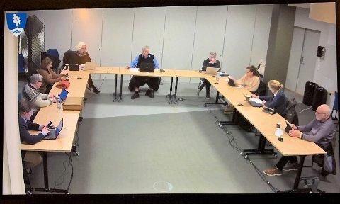 STORT FLERTALL: Med seks mot en stemme gikk hovedutvalg for helse, omsorg og velferd tirsdag kveld inn for at kommunen skal ta imot ti flyktninger i år