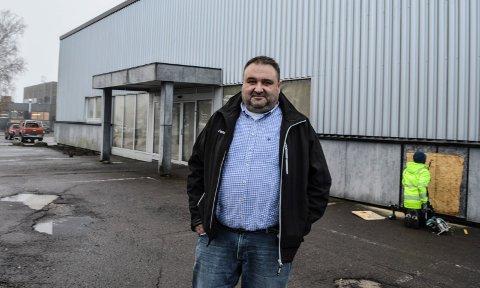HIT: I midten av november er Arne K. Andresen klar til å ønske kundene velkommen til «nye» Varmefag i Pindsleveien.