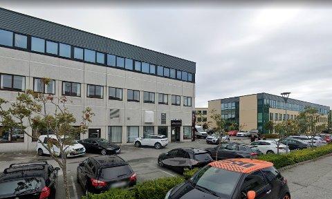 Sandnesfirma fusjoneres med Hellestø karosseri på Sola.