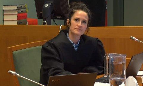 Advokat Helle Høverstad representerer treningssenteret Sarpsborg Medisinske Produkter i rettsaken mot kommunen.