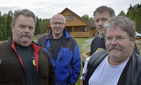 HÅPER: Øyvind Dullum, Svein Ødemark, Espen Carlsen og Jan Erik Jensegg håper på hjelp fra Samferdselsdepartementet for å beholde skytebanen sin.ARKVIFOTO