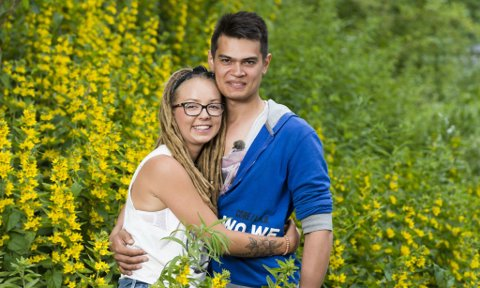 TIL EIDSBERG: Beatrice Fjell og Fredrik Fjeld har kjøpt gård sammen i Eidsberg.