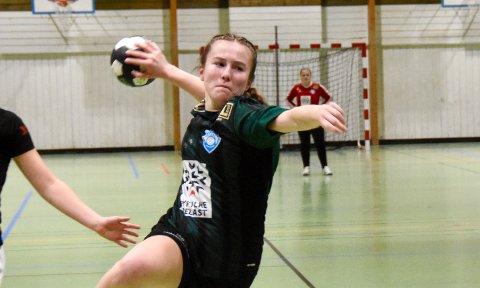 TOPPSCORER: Emma Norland scoret 10 av Staal-målene i kampen mot Hinna 2. Arkivfoto.