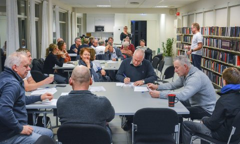 INNSPILL: Folkemøte med idémyldring ga nye innspill til oppgaveutvalget for friluftsliv og rekreasjon.