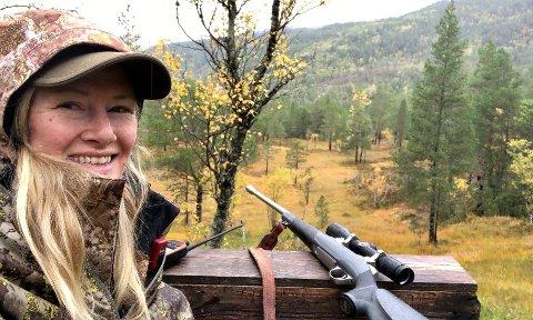 UKULTUR: Hilde Charlotte Solheim mener det er en ukultur i jegermiljøet i Norge med mobbing og trakassering. Foto: Privat