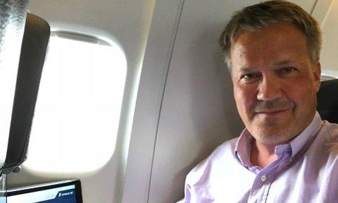 Broom-redaktør Knut Skogstad synes NAF er ute på viddene med sitt utspill rundt elbil-ventelistene.