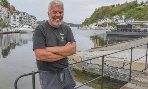 Arne Thorvald Aanonsen i plan, miljø og eiendom i Tvedestrand kommune trenger fire havneverter i sommer. Forrige uke gikk søknadsfristen ut.