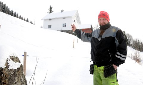 Ubebodd: Nedre Marken i Nord-Etnedal er ett av 83 hus og småbruk som ikke er bebodd i Etnedal i øyeblikket. Mikal Hestekind er en av dem som har deltatt i gruppa som har kartlagt husene og brukene.