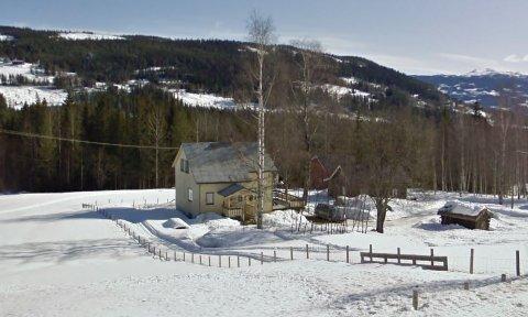 NYLIG SOLGT: Denne boligen i Vestsidevegen 290 i Hedalen ble nylig solgt for 500.000 kroner.