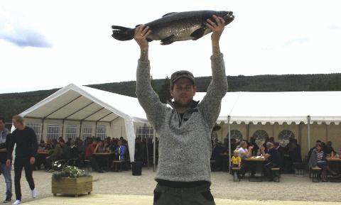 VANT: Karl Even Olbergsveen deltok både i Storsjødreggen og Fiskefesten på Åkrestrømmen i Rendalen i 2015.