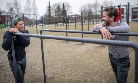 Det er usikkert om de norske medaljehåpene Are Strandli (t.h.) og Kristoffer Brun ror sammen i sommerlekene i Japan neste år. Her under en treningsøkt på Voldsløkka i Oslo.