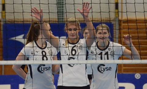 Klar for ny poengjakt: Kan Tuva Aarrestad (t.v.), Karoline Nore og Lise Berit Rugland kapre nye poeng i Randaberghallen på lørdag?