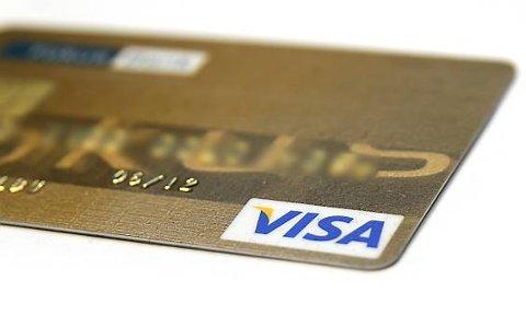 FIKK TILBAKE: Eieren av lommeboka fikk både den og kortene sine tilbake.