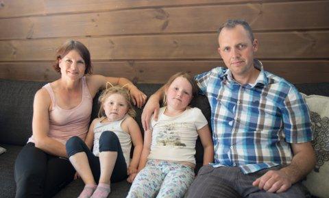 FAMILIEN: Frå venstre Lise-Janne Hovden (32), Tiril Svardahl (4), Martine Svardahl (6) og Terje Svardahl (37).