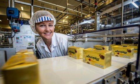 NY SJEF: Eirin Skovly har gått fra én stor matvareprodusent i Fredrikstad til en annen: i juni byttet hun ut jobben på Stabburet og ble den nye fabrikksjefen på Mills.