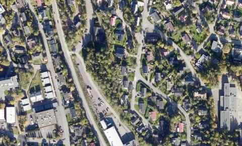 VIL BYGGE: Her, på Verftsbassenget, vil Storgata Eiendom bygge et næringsbygg på cirka 10.000 kvadratmeter.