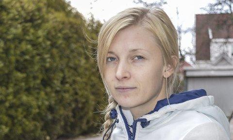 FIKK IKKE AMBULANSE: Tina-Lill Hansen er sjokkert over at AMK-sentralen nektet å sende ambulanse da hun ble akutt syk natt til forrige søndag.