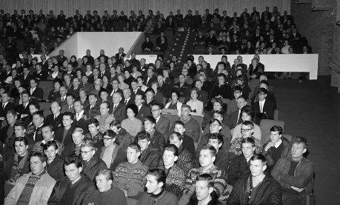 ÅPNING: – Dette bildet fra åpningen av Sagatun kino liker jeg godt, sier kinosjef Espen Jørgensen.