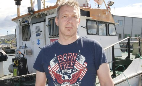 FULL ORDREBOK: Inge Nygård driver selskapet «Barentsdykk» i Mehamn. Han forteller om stabil drift og full ordrebok. En større avtale med Grieg Seafood Finnmark gir selskapet ytterligere sikkerhet i minst tre år til.