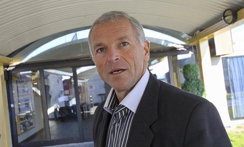UBEGRIPELIG: Geir Knutsen mener det er ubegripelig at NRK ikke har sendt direkte fra hele programmet til frigjøringsjubileet i Kirkenes.