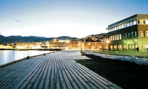 EKSTRA KREVENDE: Studentene som tar eksamen hører både til universitetets avdelinger i Tromsø, Hammerfest, Narvik og Harstad.