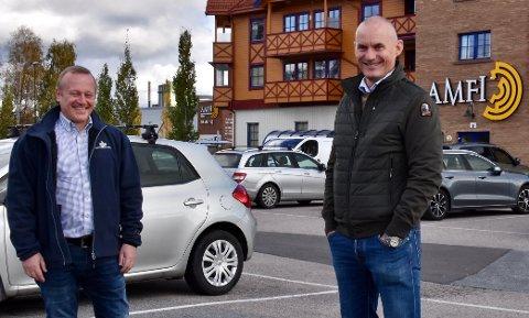 Senterleder Bjarke Juhl (t.v.) og Ole Tom Nordby i Rådhusveien 5 AS.
